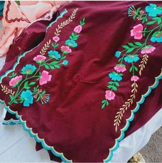 Embroidery Suits Punjabi, Hand Embroidery Dress, Embroidery Suits Design, Embroidery Fashion, Punjabi Boutique, Punjabi Suits Designer Boutique, Indian Designer Suits, Salwar Suit Neck Designs, Churidar Designs