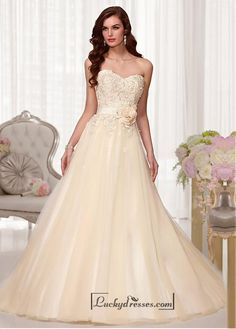 Alluring Tulle & Satin Sweetheart Neckline Natural Waistline A-line Weding Dress