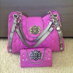 Kathy Van Zeeland purse & wallet set Never used. Both new without tag Kathy Van Zeeland Bags Totes