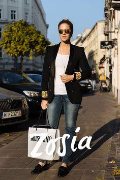 STREET STYLE: NA NIEPOGODĘ Blond, Street Style, Room, Fashion, Bedroom, Moda, Urban Style, Fashion Styles, Rooms