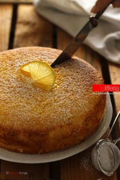lemon cake without butter – backen No Cook Desserts, Sweet Desserts, Sweet Recipes, Cake Recipes, Cakes Without Butter, Sweet Light, Italian Cake, Torte Cake, Air Fryer Recipes Easy