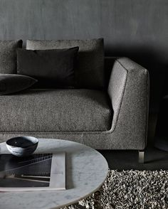 Variation in graphite tones with Ray sofa by Antonio Citterio. #bebitalia #design #designlovers #instadesign #furniture #furnituredesign #archilovers #architecture #home #homedecor #homedesign #homefurniture #interior #interiors #interiordesign #style #lifestyle #sofa