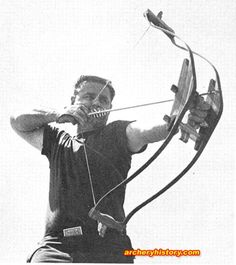 If you love bows and arrows, check out these awesome vintage archery snaps. Archery Bows, Archery Hunting, Bow Hunting, Besta, Recurve Bows, Longbow, Traditional Archery, Weapons Guns, Slingshot
