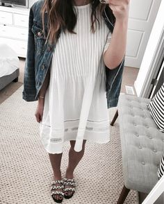 """""""Mi piace"""": 784, commenti: 16 - Crystalin Da Silva (@crystalinmarie) su Instagram: """"In honor of the first day of spring, I'm sharing my favorite white dresses. This one is back in…"""""""