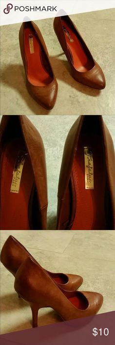 Zara Heels Zara Heel size 7 in good condition. Normal wear on soles. Great heels to dress up or down. No scratches or scuffs. Zara Shoes Heels