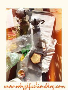 E' #Sabato.   La #colazione di oggi mi sazia più che mai.  Il #plumcake preparato ieri, #marmellata #homemade e #caffè. Doppio caffè.  C'è un timido #sole a scaldarmi leggermente. Un tiepido #Novembre #salentino mi consente di fare colazione in giardino.  E' un #bellissimo sabato...ma ora corro a #lavoro.  #Good #morning #fashion #girls! ♥ Saturday! I'm #Wide #awake new #post now on www.robyzlfashionblog.com