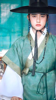 Cr : adnamlya Do kyungsoo Kaisoo, Baekhyun Chanyeol, Kris Wu, Drama Korea, Korean Drama, D O Exo, K Drama, Exo Official, Xiuchen