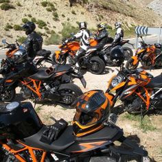 1290 Super Duke R: what the experts said