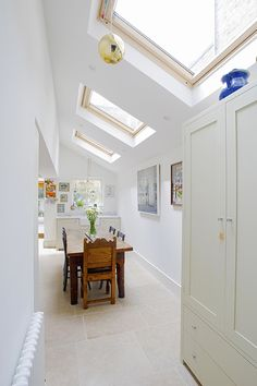 Hire interior designers and builders London for loft conversions and house extensions, such as side return kitchen extensions for Victorian terraced houses. Get an instant online quote and see how you can benefit from a side return extension. Kitchen Diner Extension, House, Interior, House Styles, House Inspiration, New Homes, House Interior, Victorian Terrace, Kitchen Extension