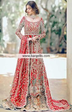 Pakistani Bridal Dresses Jackson Heights New York Traditional Bridal Dresses Heavy Embellished Bridal Wear Pakistani Couture, Pakistani Wedding Dresses, Pakistani Outfits, Indian Dresses, Indian Outfits, Lehenga, Anarkali, Salwar Kameez, Kurti
