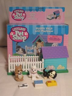 You nearly lost your goddamn mind when you spotted a new play set in the familiar shape of an animal cracker box. | 21 Littlest Pet Shop Toys That'll Give Every '90s Kid Intense Nostalgia