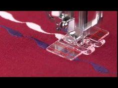 varrógéptalpak  használata---SINGER® Parallel Stitch Presser Foot Tutorial