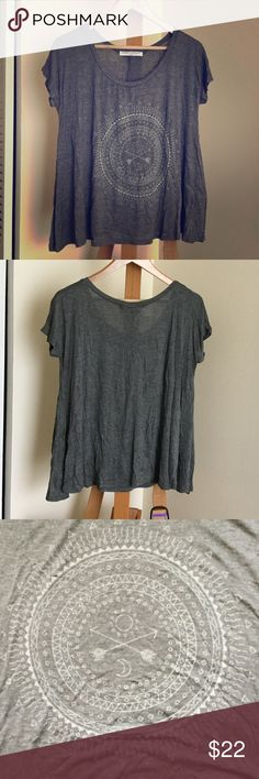 🌼 Project Social T shirt NWOT size M 🌼 Super soft, comfy and flowy gray tee by Project Social T Los Angeles. Size M. NWOT, never worn. Project Social T Tops Tees - Short Sleeve