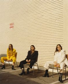 How Haim Returned Better and Bolder with Something to Tell You, an Album Full of Summer Jams Boss Lady, Girl Boss, Thomas Anderson, Summer Jam, Romanticism, Self Development, Dream Big, To Tell