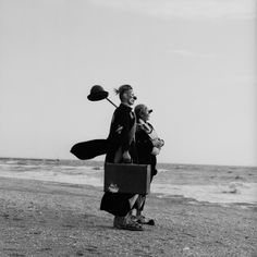 Travelling with Clowns — Toshio Enomoto