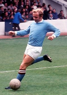 Francis Lee Manchester City 1970 Manchester City, Football Shirts, 1960s, Kicks, Clock, English, Running, Sports, Top