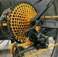 Downhill Bike, Mtb Bike, Vtt Dirt, Kona Bikes, Bicycle Garage, Montain Bike, Bike Magazine, Beach Cruiser Bikes, Bike Details