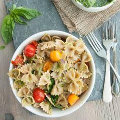 Skinny Veggie Pasta with Basil and Spinach Pesto. Get those bikini's ready!