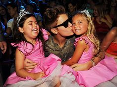 Justin Bieber with Sophia Grace Brownlee, and Rosie McClelland.