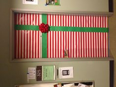 dorm room door decorated arin knutson knutson knutson knutson antoine cotuna - Christmas Dorm Door Decorations