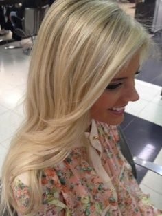 Love! How I want my blonde eventually. Blonde hair with blonde and honey highlights and lowlights.