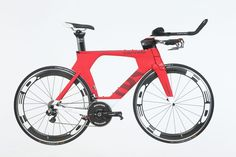The Canadian brand has a strong reputation for innovation and cutting-edge bike design, but is the much-revered P5 really worth the high price?