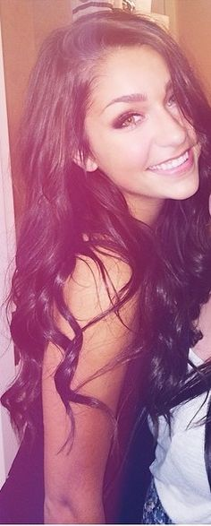 Andrea Russet... Sooooo pretty!!! I wish I looked like her