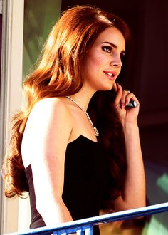 Lana Del Rey Her hair. Her makeup Lana Del Ray, Elizabeth Woolridge Grant, Elizabeth Grant, Queen Elizabeth, Young And Beautiful, Beautiful People, Beautiful Women, New York, Woman Crush