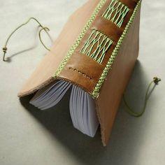 ardeas / Kozeny zapisnik A6 - No.1 zelený  / leather bookbinding / handmade / notebook / diary / Journal / viac na www.ardeas.sk