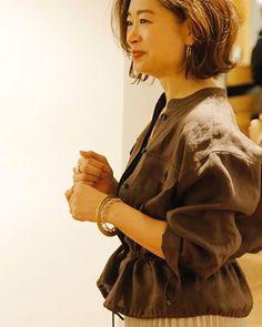 人にはなかなか聞けない!アラフォーからの正しいデリケートゾーンケア   ファッション誌Marisol(マリソル) ONLINE 40代をもっとキレイに。女っぷり上々! Tokyo Street Style, Tokyo Streets, Capsule Wardrobe, Spring Outfits, Cool Style, Stylists, Hair Beauty, My Favorite Things, How To Wear