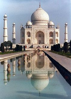 Agra India (Taj Mahal etc) - Double click on the photo to Design & Sell a #travel guide to India www.guidora.com
