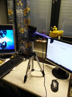 adjustable tripod. I can place the scanner where ever I want.
