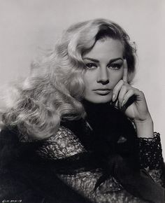 Anita Ekberg | Sex symbol in the 60s, an iconic beauty. #youresopretty