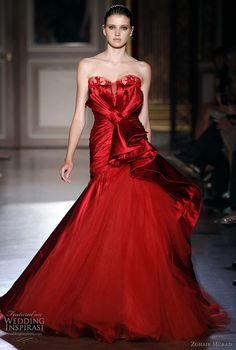 Zuhair Murad's Fall/Winter 2011-2012  | Strapless gown with large bow at the waist.
