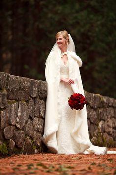 Yosemite Wedding | Winter Wedding | AddyRose Design | Patrick Pike Studios #addyroseweddings #yosemitewedding
