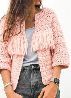 Crochet Kit Petite Wool Valira Cardigan See other ideas and pictures from the category menu…. Gilet Crochet, Crochet Cardigan Pattern, Crochet Jacket, Crochet Patterns, Pull Crochet, Mode Crochet, Crochet Hooks, Knit Crochet, Vogue Knitting