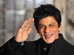 We have come across a super cool video where Shah Rukh Khan is trying a…