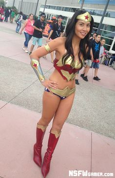 Wonder Woman at San Diego Comic-Con 2013 #cosplay #sdcc