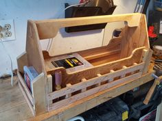 The new tool box is coming along nicely. Tool Box Diy, Tool Box Storage, Wood Tool Box, Wooden Tool Boxes, Wood Tools, Woodworking Workshop, Custom Woodworking, Woodworking Projects Plans, Tool Tote