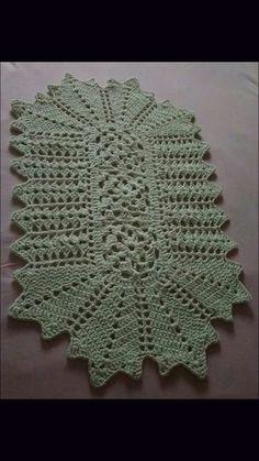Ideas Crochet Pillow Vintage For 2019 Crochet Rug Patterns, Granny Square Crochet Pattern, Crochet Designs, Crochet Home, Crochet Crafts, Crochet Projects, Doily Rug, Crochet Doilies, Pinterest Crochet