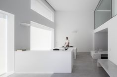 Cointec Office is a minimal office space located in Alicante, Spain, designed by Dot Partners. The project for the new Cointec office is about the renovation of a commercial property across from the Parque Severo Ochoa.
