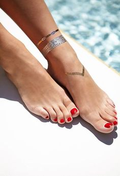 The original gold & silver temporary tattoos worn by Beyonce, Vanessa Hudgens, Alessandra Ambrosio & more. Shop our bestselling jewelry-inspired designs here. Gold Tattoo Ink, Metal Tattoo, Body Art Tattoos, Tatoos, Ankle Tattoos, Henna Tattoos, Tattoo Art, Flash Tats, Temp Tattoo