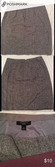 Ann Taylor Wool Skirt Mid length wool skirt from Ann Taylor. Perfect for the winter. It is sized as a petite but I am 5'6 and I wore it comfortably. It wasn't too short Ann Taylor Skirts Midi