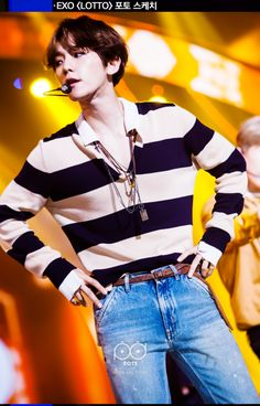 Baekhyun - 160829 SBS Inkigayo website update Credit: SBS. (SBS 인기가요)