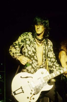 Photo of Izzy for fans of Izzy Stradlin.