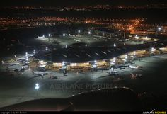 - Airport Overview - aircraft at Moscow - Vnukovo ..