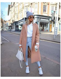 Casual Winter Outfits, Winter Fashion Outfits, Look Fashion, Fall Outfits, Fashion Women, Sneakers Fashion Outfits, Fashion Ideas, Winter Outfits Women, Fashion Hats