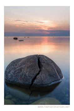 Kettle Point - Crack In The Kettle © Scott Proudfoot Stony Point, Lake Huron, Wood Logs, Round Rock, World Photo, Match Me, Kettles, My Memory, Beach Pictures