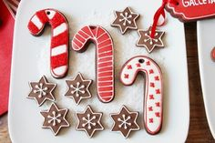 Pretty Candy Canes Christmas cookies