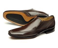 Stylish side elasticated slip on shoe, handcrafted in India.